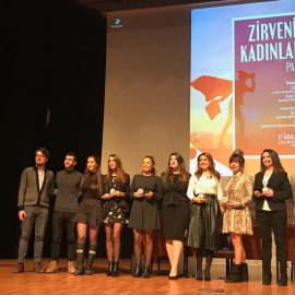 Arel  Üniversitesi Zirvenin Kadınları Paneli'nde Konuştuk
